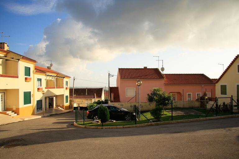 Dino & Beach Villa V3, Lourinhã