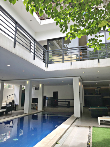Anton's Loft Designer Resort Pansol, Calamba City