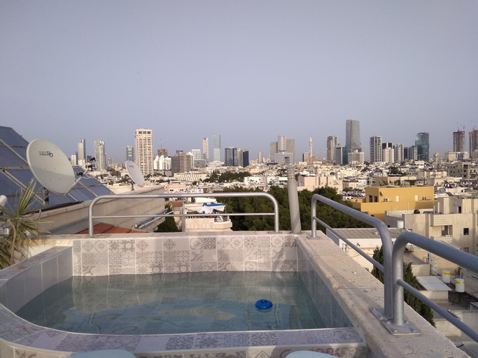 TLV Suites Triplex Penthouse With pool,