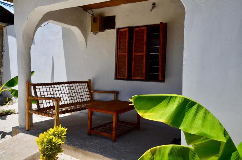 Kacho Guest House, Kusini