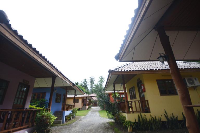 Suchada Villa, Khanom