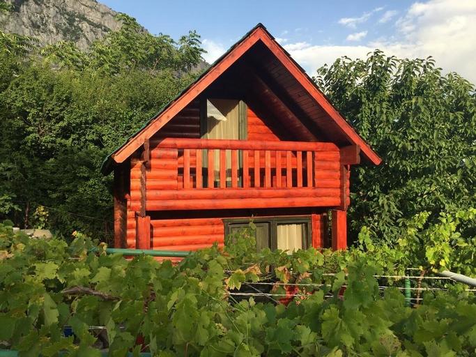 Holiday Homes & Bungalows Povija,