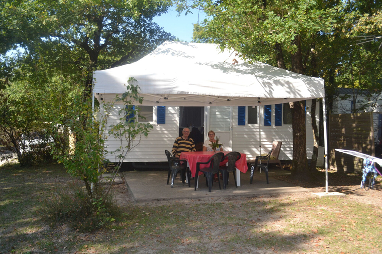 Camping Les Pins du Soleil, Landes