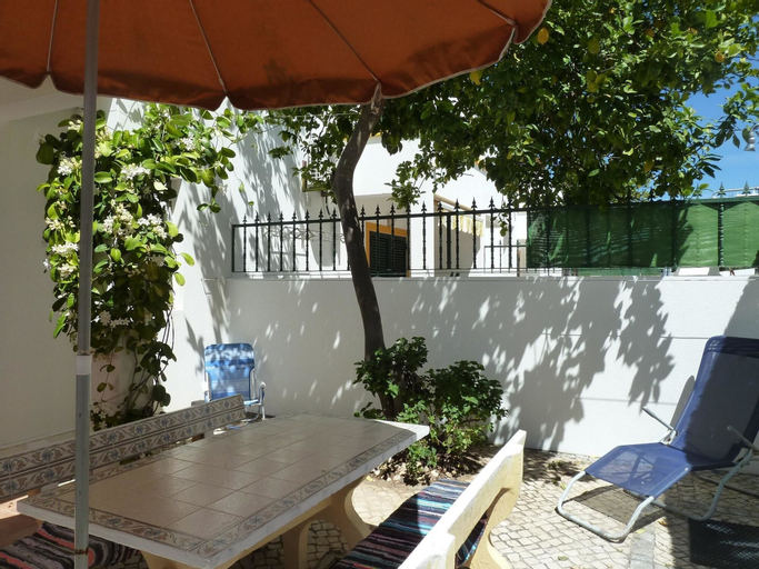 House With 2 Bedrooms in Vila Nova de Cacela, With Enclosed Garden and Wifi - 300 m From the Beach, Vila Real de Santo António
