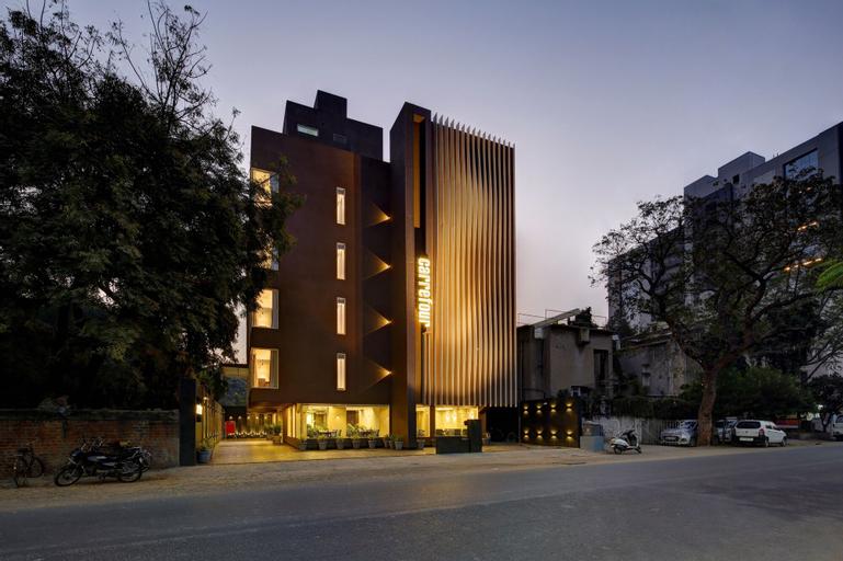 Hotel Carrefour, Ahmadabad