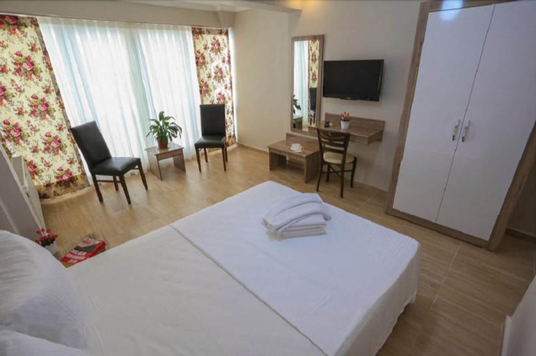 Alihan Hotel, Merkez