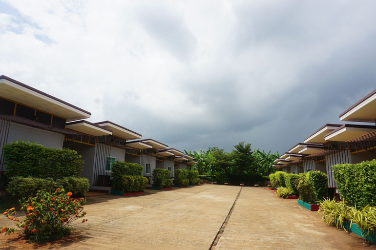 Banrai Phuping Resort, Kantharalak