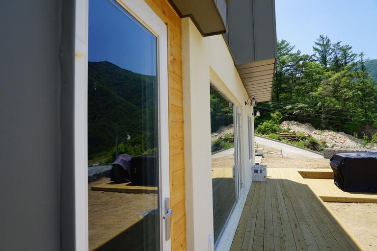 Moonlight Village Pension, Danyang