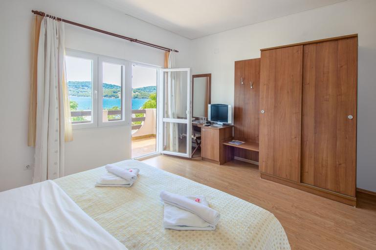 Hotel Plava Laguna, Tisno