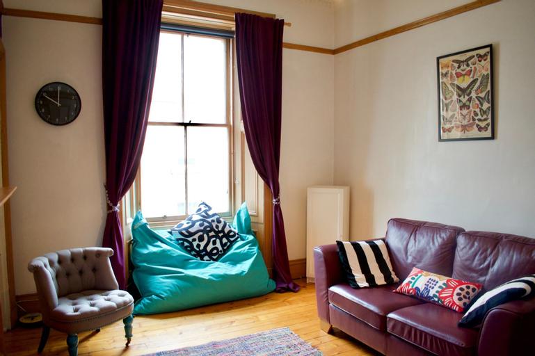 1 Bedroom Apartment near Edinburgh City Centre, Edinburgh