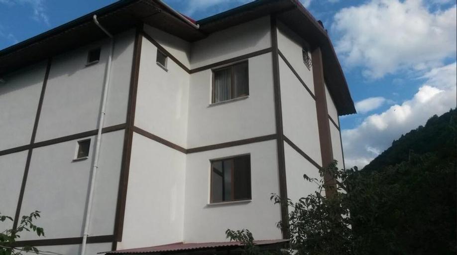Balkon Pansiyon, Maçka