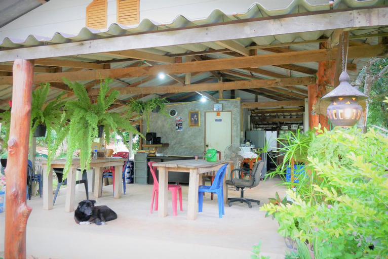 Phuingchan Resort, Tha Mai