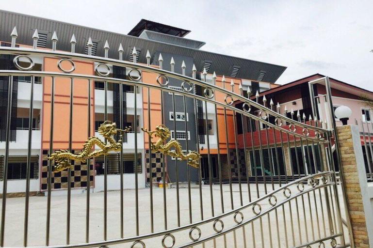 Thana Apartment, Si Racha