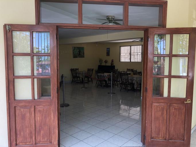 Detente Du Cacique Villa Hotel, Port-au-Prince