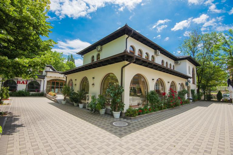 Hotel Camp Karagaq, Peć