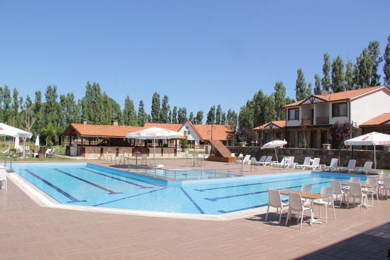 Golkoy Yasam Resort, Merkez