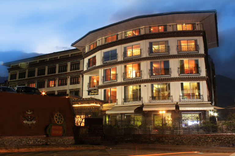 Hotel Galingkha, Chang