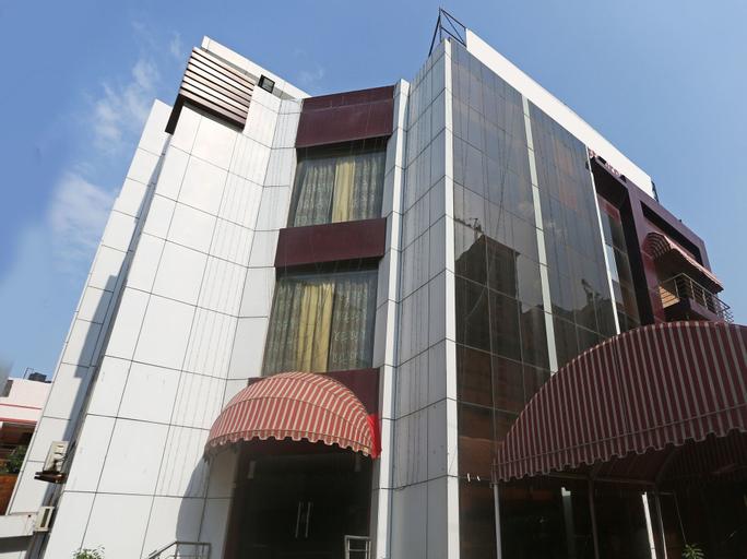 OYO 947 Hotel Palazzo Di Lara, Gautam Buddha Nagar