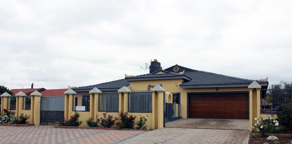 Meringue Lodge, Lejweleputswa