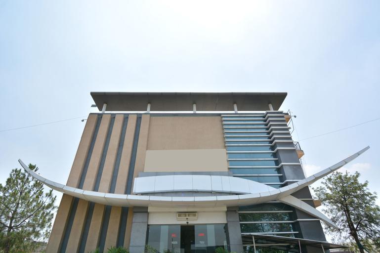 OYO 41932 Hotel Gill Regency, Ludhiana