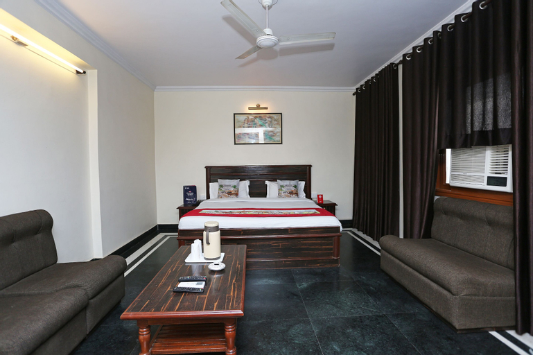 OYO 1298 Hotel Kohinoor, Jaipur