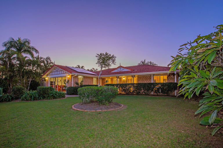 Anaheim Family Oasis, Kingsholme-Upper Coomera