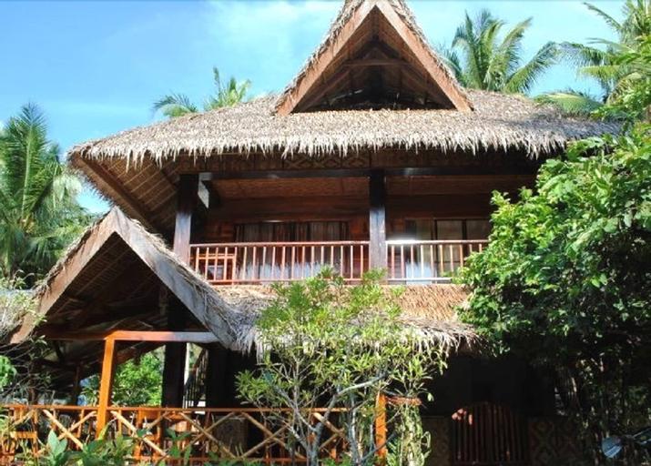 La Luna Island Resort, General Luna