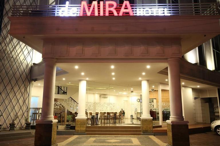 DeMira Hotel, Surabaya