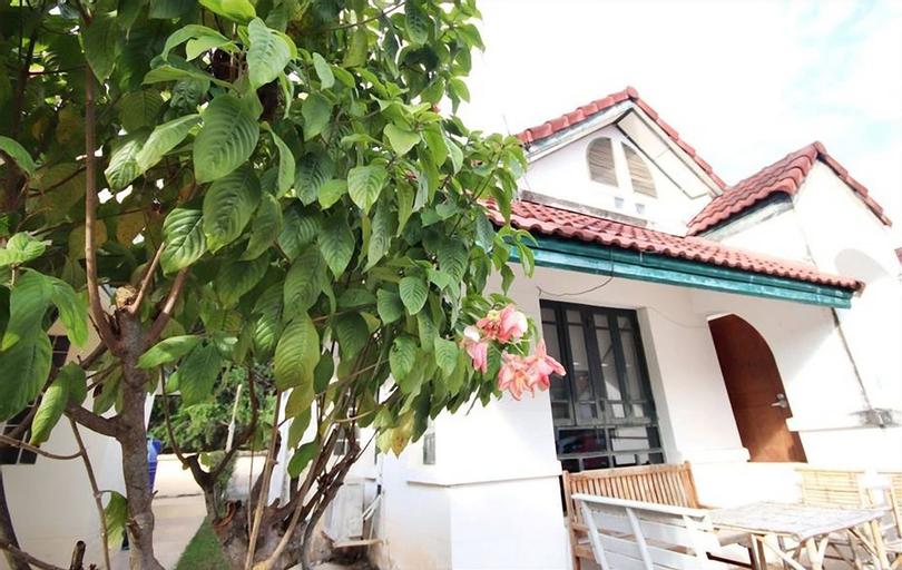 Sa Tou Bungalow, Muang Rayong