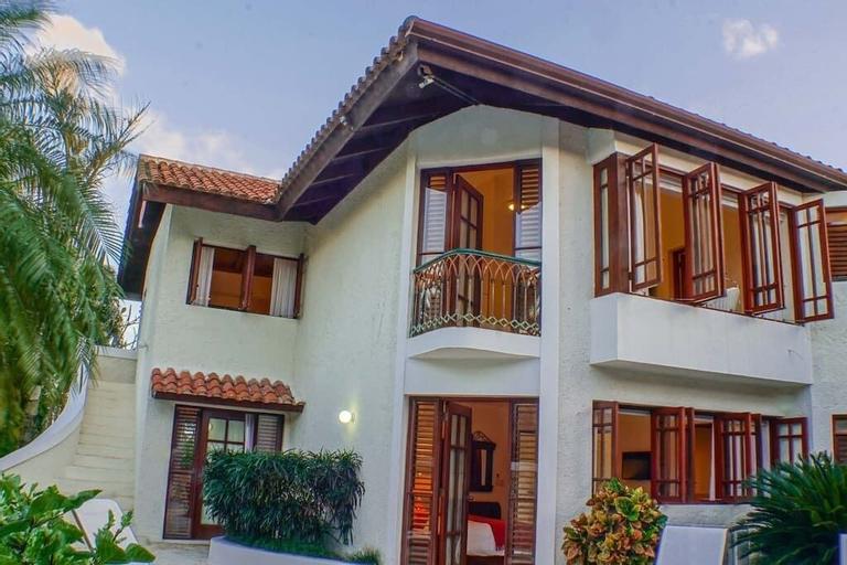 4BR Villa Las Piñas CasadeCampo by ASVR, La Romana