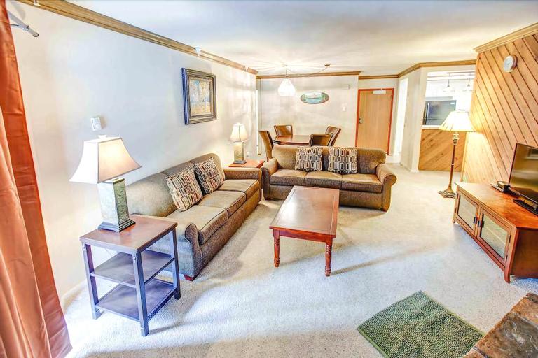Aspen Creek 225 - Two Bedroom Condo, Mono