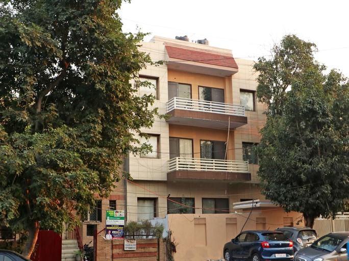 OYO 11925 Krishna 26, Gautam Buddha Nagar