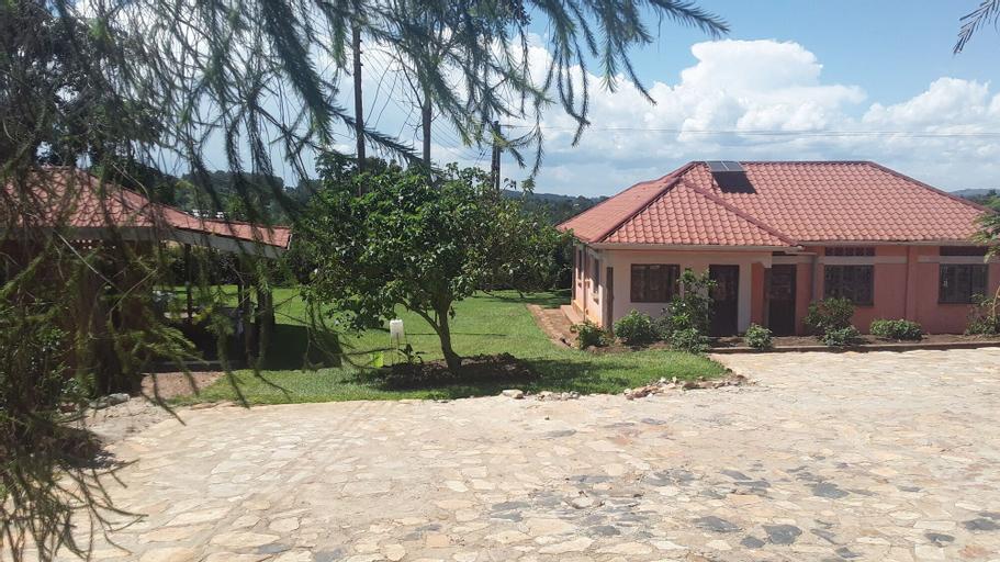 Nakoosi Eco Lodge & Backpackers, Mukono