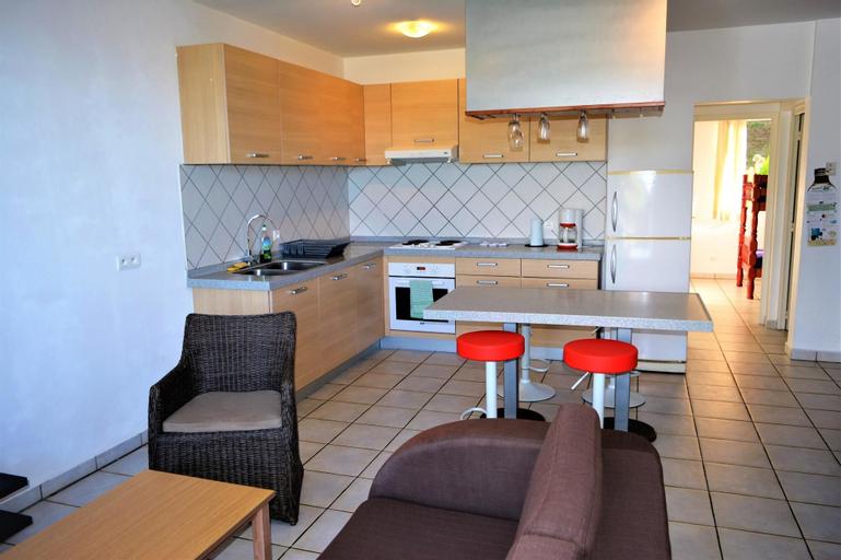 F3 Manureva  Apartment 2,