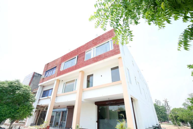 OYO 40417 Hotel Grand Taj, Kurukshetra