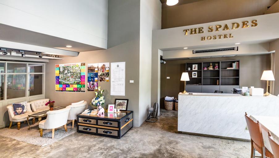 The Spades hostel, Pathum Wan