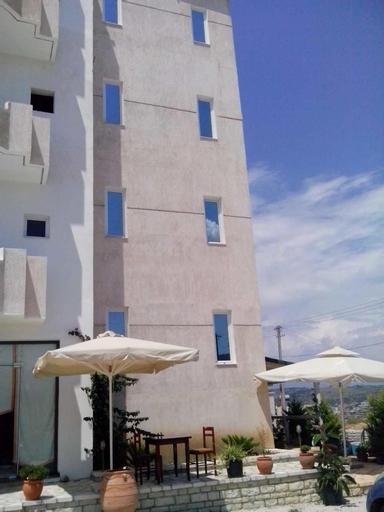 Hotel Belle Vue, Sarandës
