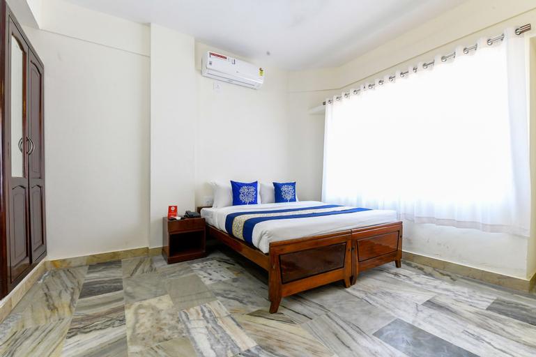 OYO 71161 Chandrika Residency, Ernakulam