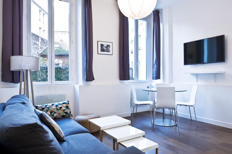 Pick A Flat's Bastille Mornay, Paris