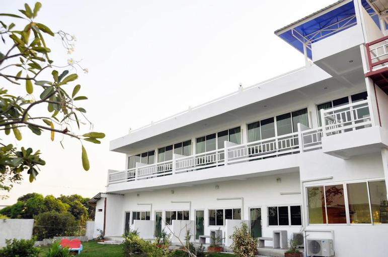 Heyday Singburi Hotel, In Buri