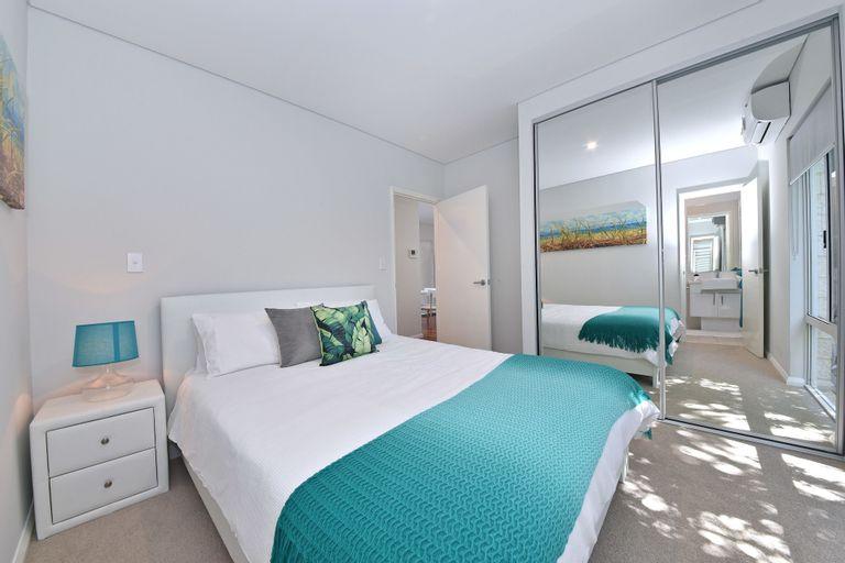 Stylish Apartment near Perth City 2210, Belmont