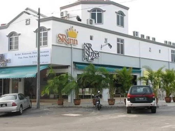 SR Inn, Keluang