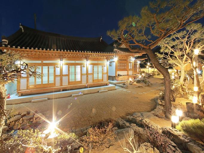 Cheonggong Hanokstay, Gyeongju