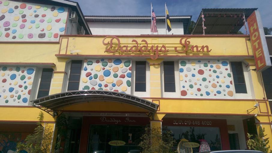 Daddy's Inn, Manjung
