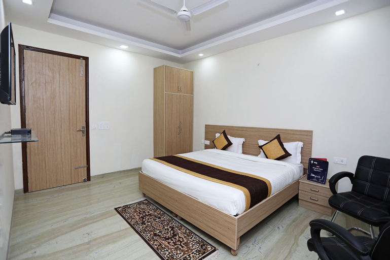 OYO 9380 near Artemis Hospital, Gurgaon