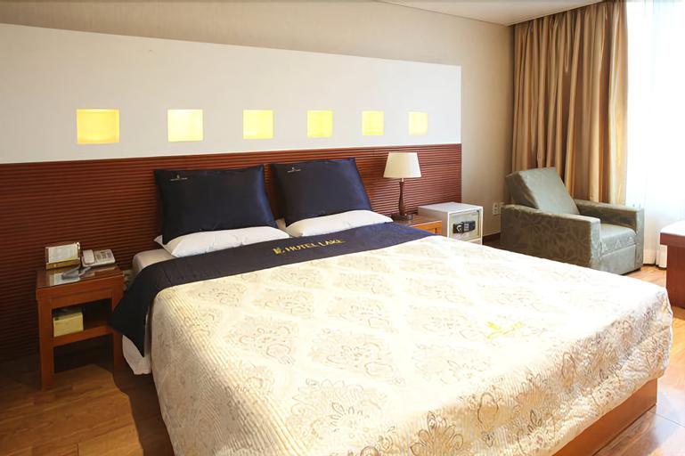 Lake Hotel, Gwang-jin