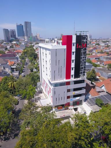 I&M Hotel Billiard, Surabaya