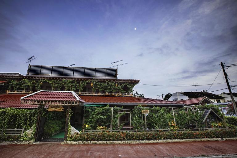 House Of My Eternal Love - Kulai Homestay, Johor Bahru
