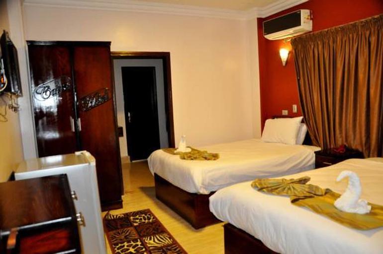My Cairo Hotel, 'Abdin