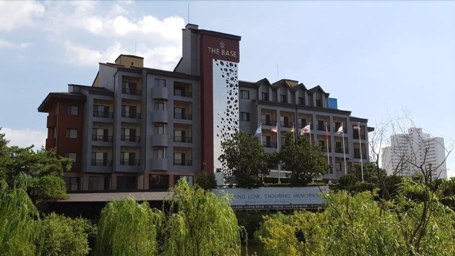 Hotel The Base, Chungju
